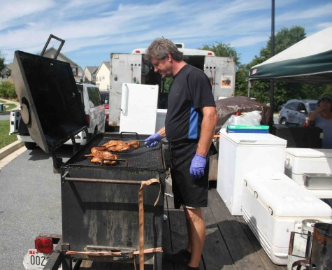 Rob Bugos of In10se Bbq working his craft like no other.
