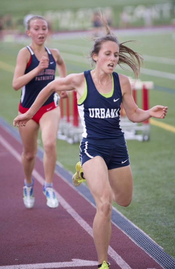 Maria Carberry competing in the two mile run.