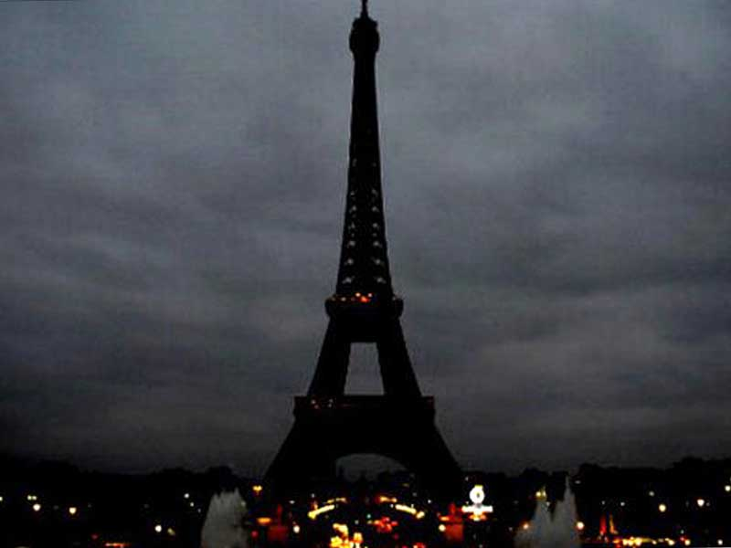 The Eiffel Tower after November 13.